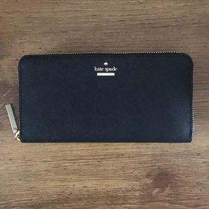 NWT black Kate Spade wallet with gold zipper